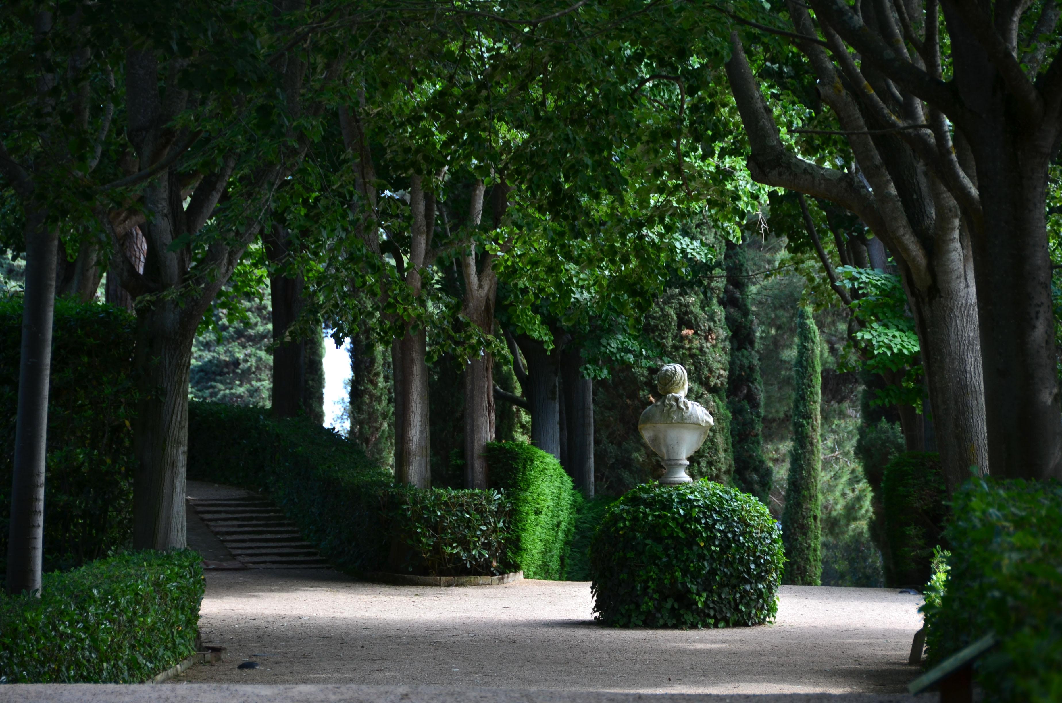 Kunstobjecten Voor Tuin : Tuin niek ravensbergen